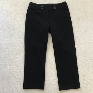 WHITE HOUSE BLACK MARKET BLACK SIZE 0 SLIM CROP